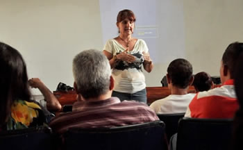 Dra. Luisa Ramírez, Sexóloga, Médica en Salud Pública
