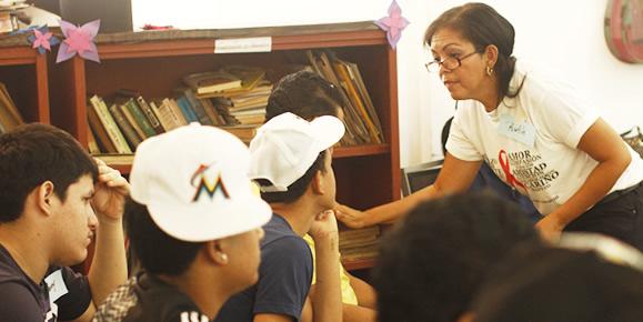 Adolescentes privados de libertad reciben taller para prevención del VIH